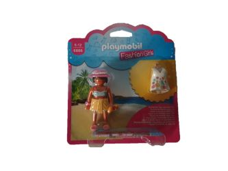 Fashion Girl Beach 6886
